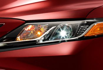 Toyota Camry 2018 Luces