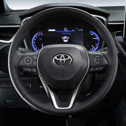 Corolla controles al volante